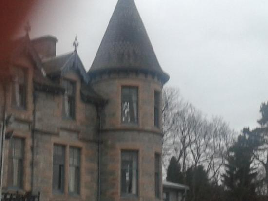 Cairngorm Hotel: turreted room.