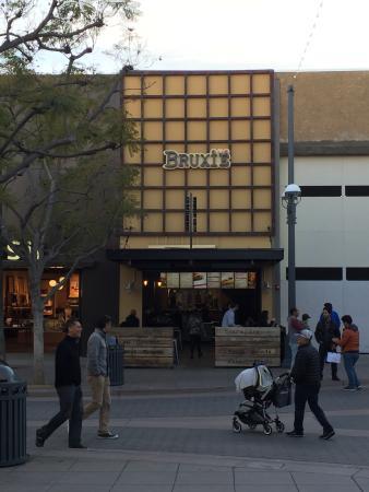 Photo of Fast Food Restaurant Bruxie at 1412 3rd Street Promenade, Santa Monica, CA 90401, United States
