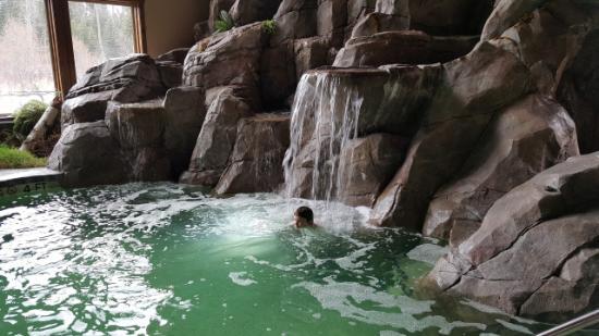 Lodge at Whitefish Lake: gorgeous pool area.