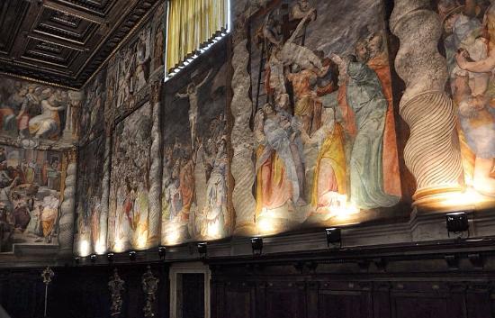 Parete di fondo e soffitto fotograf a de oratorio del gonfalone roma tripadvisor - Gonfalone mobili roma ...