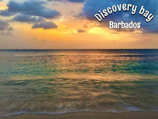Holetown, Barbados: Sea view room at sunset