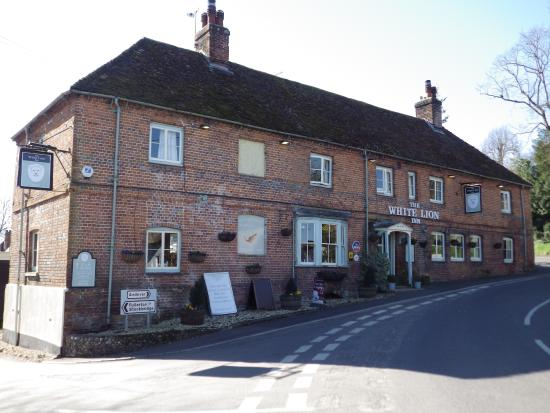 The White Lion Inn Photo