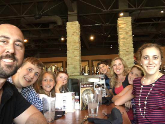 Granite City Food And Brewery: My family of 8 at the Sunday brunch.