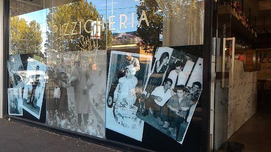Essendon, Austrália: esterno del ristorante