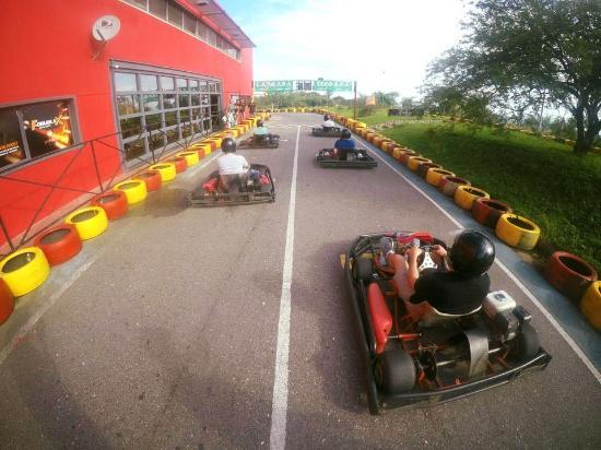 Pro Racing Park: Por largar la carrera !