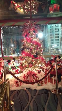 Hyatt Regency Buffalo: Holiday displays - to be auctioned off for charity