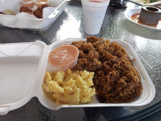 Cafe La Florence: Conch, rice & peas, mac & cheese