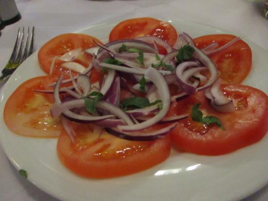 Pico Bar & Grill: Tomato, red onion,basil