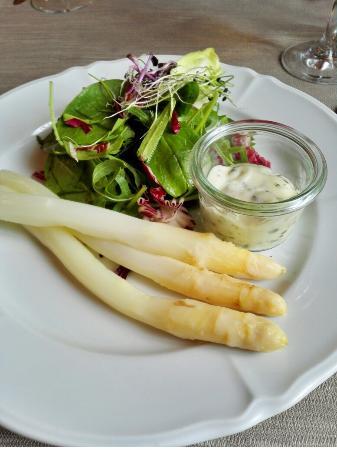 Lyss, Zwitserland: Restaurant Weisses Kreuz