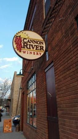 Cannon River Winery : IMG_20160423_193640_large.jpg
