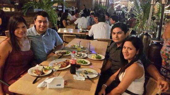 Hoss Grill & Drink Restaurant