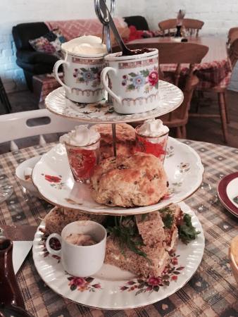 The Vintage Tea Room: Afternoon tea