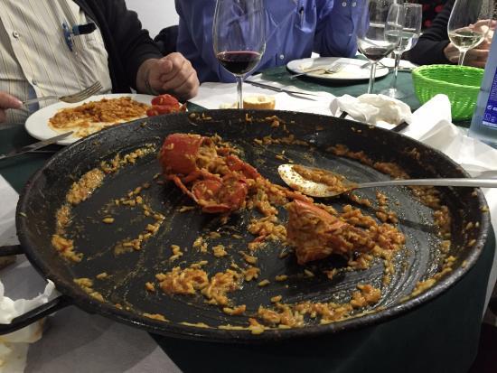 Penaranda de Bracamonte, Spanien: Lo que quedó el arroz con bogavante... excepcional!
