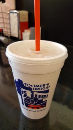 Toomer's Corner: Vanilla Lemonade!