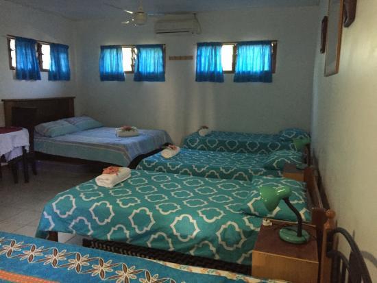 Traveller's Budget Motel: Dorm/Family Room