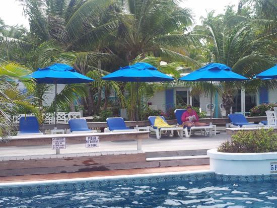Treasure Cay, Great Abaco Island: Hopetown Harbour House pool