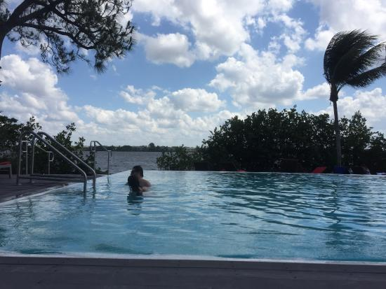 Club Med Sandpiper : beautiful calm pool on the bay. jacuzzi too