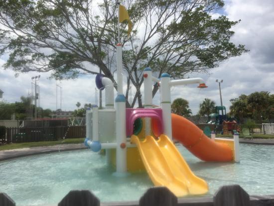 Club Med Sandpiper : little kids water park