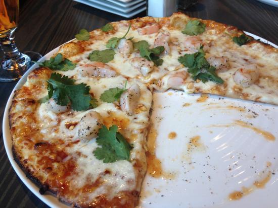 Fairfax County, Wirginia: Spicy Thai pizza