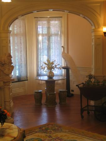Sonnenberg Gardens & Mansion State Historic Park: An inside view of one of the mansions many rooms