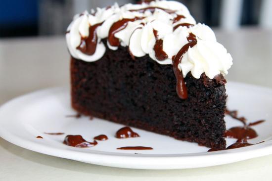 Βέρνον, Καναδάς: Chocolate Cake
