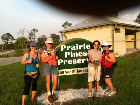 Prairie Pines Preserve: There is a bathroom building and plenty of parking