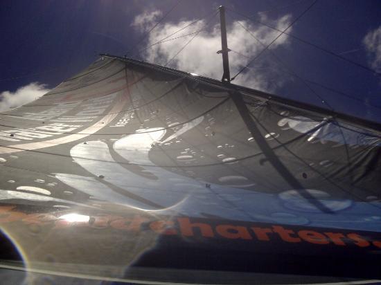 Simpson Bay, St Martin / St Maarten: Vous pouvez prendre la barre, sensation garantie ;-)