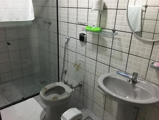 Porto Abraao Pousada: Banheiro