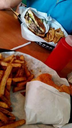 Alicia's Burrito Place: burger & fries
