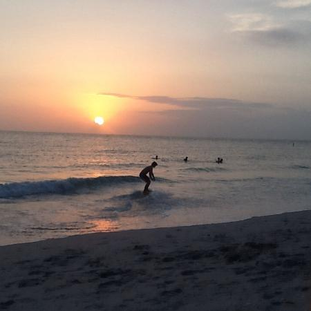 The Beachcomber: Beautiful sunsets