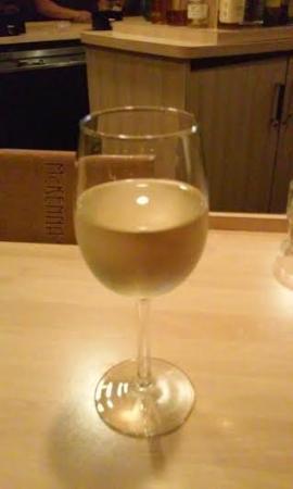 Holiday Inn Hotel & Suites Cincinnati-Eastgate: Moscato need I say more ..............