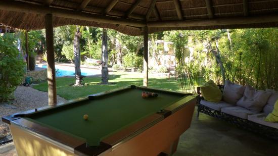 KhashaMongo Guesthouse: Unser neuer Poolbillard