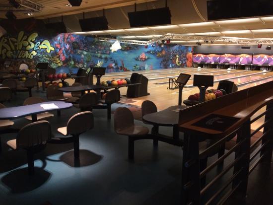 Koksijde, Bélgica: bowling