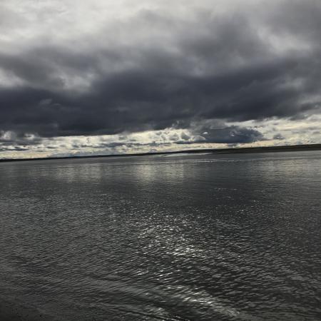 Kenai, Alaska: Nice beach to take a walk and enjoy the great view.