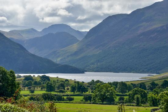 Loweswater, UK: getlstd_property_photo