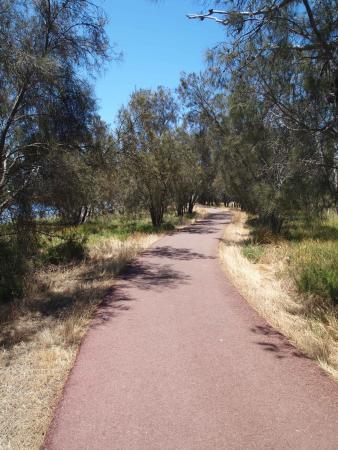 Ascot, Australia: Follow the path