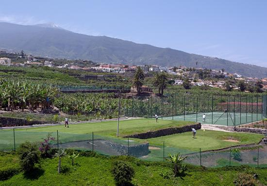 Apartamentos Turquesa Playa: Zona deportiva