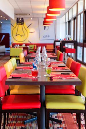 Ibis Styles Angouleme Nord : Salle restaurant/petit déjeuner