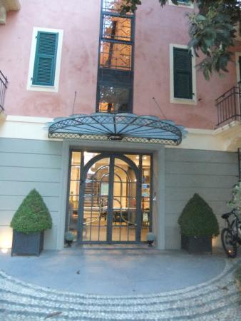 Villa Firenze - Picture of Residence Villa Firenze, Alassio ...