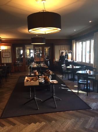 Hotel Baeren: Salle du petit déjeuner