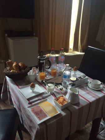 Calis Bed & Breakfast: petit dejeuner