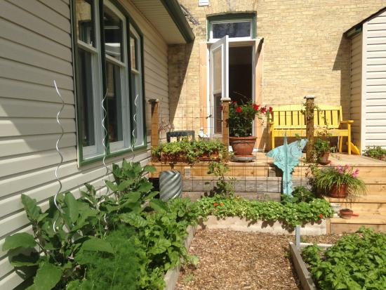 Colpoys Bay, Kanada: the kitchen garden potage where we grow herbs for all our culinary needs
