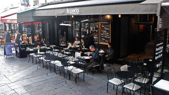 La Terrasse Picture Of La Perla Restaurant Italien Paris