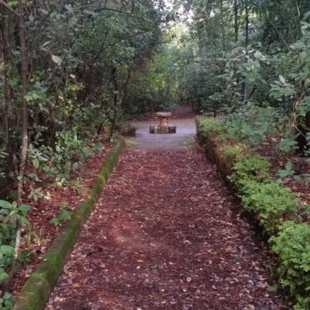Villa Onuba, jardín público escondido en Fuenteheridos (Huelva)