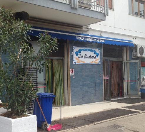 La Barbera S Restaurant Pizza