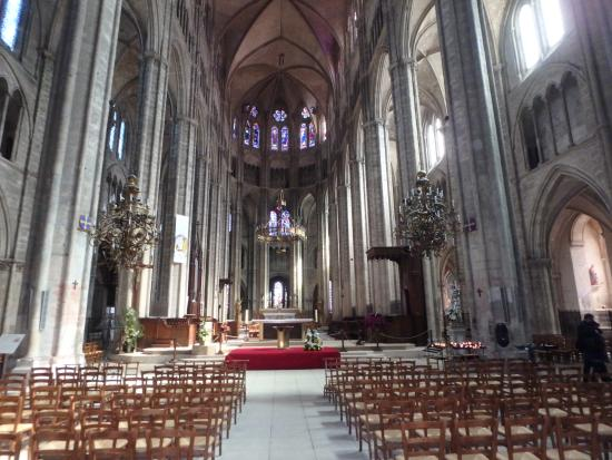 vue int rieure picture of cathedrale st etienne bourges. Black Bedroom Furniture Sets. Home Design Ideas