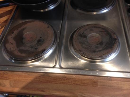 Davidstow, UK: Unclean hob. Oven was worse.