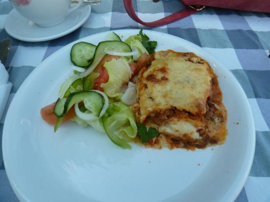 Van Reenen, Sudáfrica: Lasagna and salad