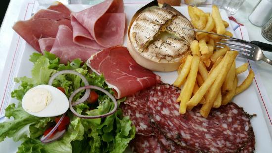 Axat, Francia: Assiette Camembert Chaud ...