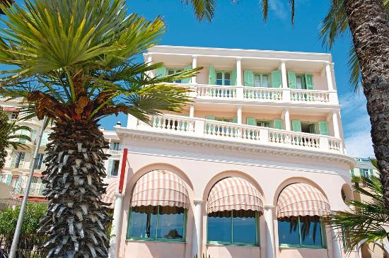 Hotel balmoral updated 2019 prices reviews and photos - Hotels in menton with swimming pool ...